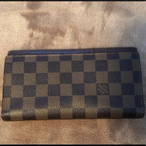 Authentic Louis Vuitton Brown Damier Canvas Wallet